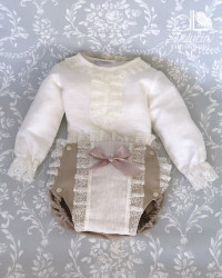 Diaper cover and blouse Velencié
